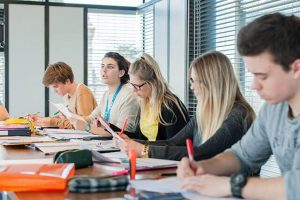 Kosova Üniversitesi Ücretleri Fiyatları